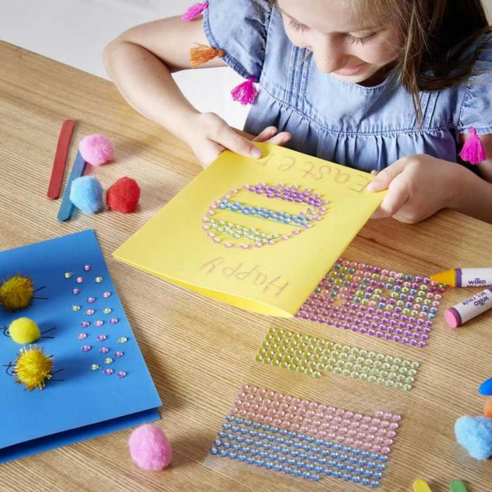 Craft away this Easter with Wilko craft kits and spring decorations